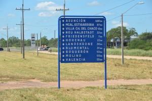 Wegweiser im Mennoniten-Gebiet