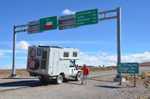 Argentinisch-chilenische Grenze am Paso de Jama auf 4.320 m