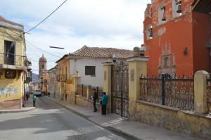 Bröckelnde Fassaden in Potosí