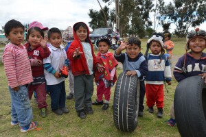 Kinder aus dem Hort in der ehemaligen Hostería Rancho Müller in Saquisilí