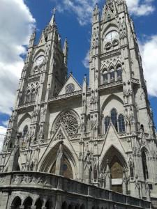 Neugotische Basilika von Quito