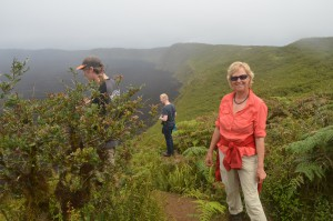 Am Kraterrand des Vulkans Sierra Negra auf Isabela