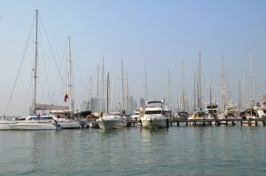 Yachthafen und Skyline der Neustadt von Cartagena