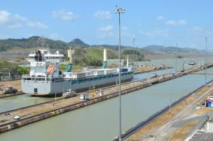 Miraflores-Schleusen des Panama-Kanals, Blickrichtung zum Atlantik