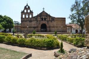 Kirche im bereits 1540 gegründeten winzigen Dorf Guane