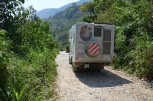 """Auf der """"Fernstraße"""" von Cobán zur Belize-Grenze"""