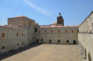 Innenhof von Santo Domingo in Oaxaca