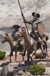 Don Quijote und Sancho Pansa, wie deren Schöpfer Cervantes in Guanajuato fast allgegenwärtig