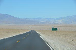 Das Death Valley liegt zum Teil unterhalb des Meeresspiegels