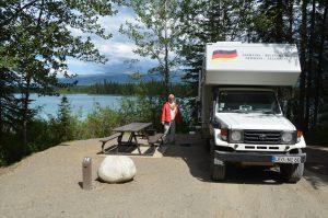 Wunderschöner Stellplatz am Boya Lake