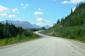 Alaska Highway zwischen Watson Lake und Whitehorse