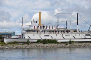 S.S. Klondike am Ufer des Yukon in Whitehorse
