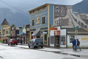 Die Holzgebäude von Skagway vermitteln Wild-West-Atmosphäre.